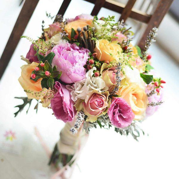 Pembe şakayık ve pembe güller - Gelin Buketleri - Lunlun Çiçek