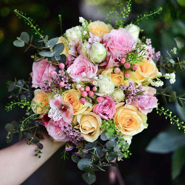 Somon ve Pembe güller - Gelin Buketleri - Lunlun Çiçek